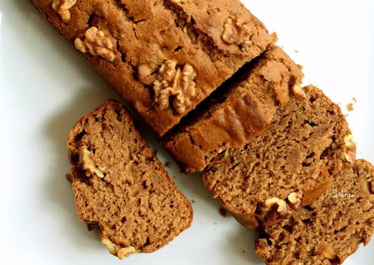 Eggless Apple-Cinnamon Bread/ Tea cake: