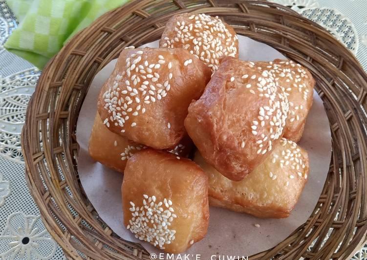 Kue Bantal (eggless)