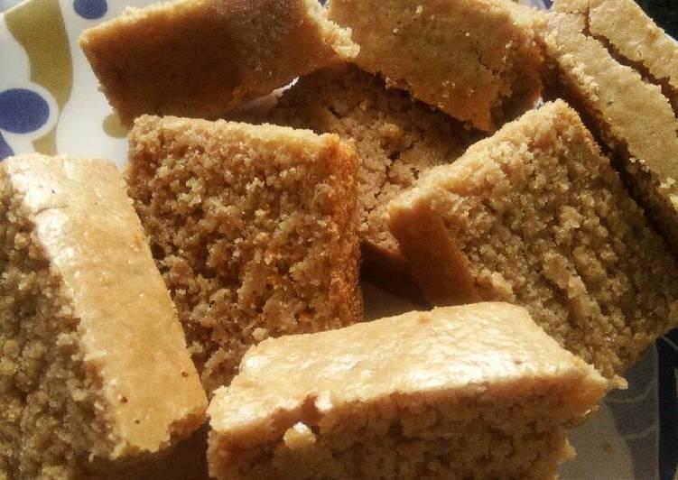 Oats jaggery gulkund cake