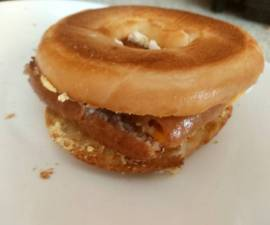 Recipe: Appetizing My Sausage + Cheese Bagel Burger. The 😍