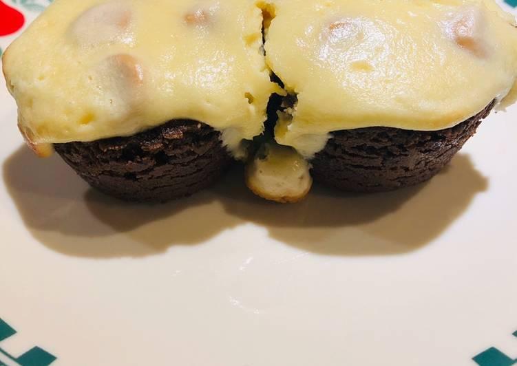 Super Easy Brownie Cheesecake