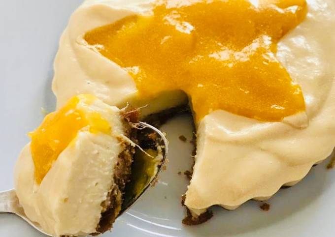 Vegan mango cheezecake