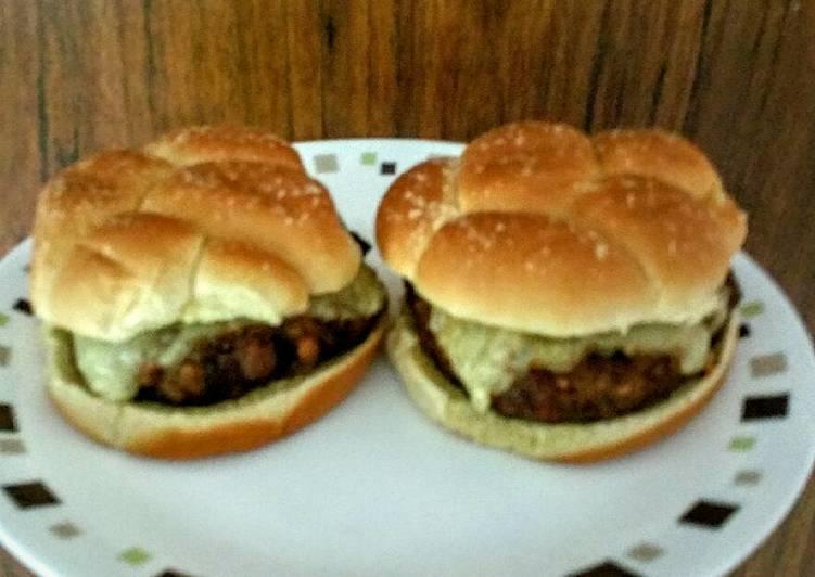 Delicious Turkey Mushroom Swiss Burger Patties