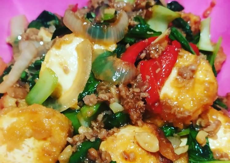 Pakcoy tofu daging giling sambal asam manis