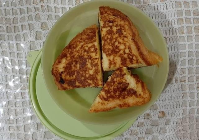 Roti Tawar Panggang Isi Keju (Bekal Anak Sekolah)