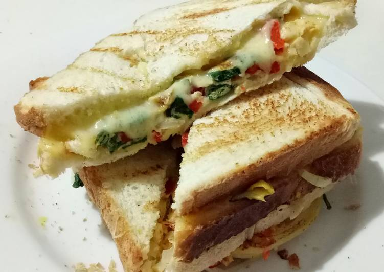 Egg Sandwich with Veggies and Cheese *Vegetarian