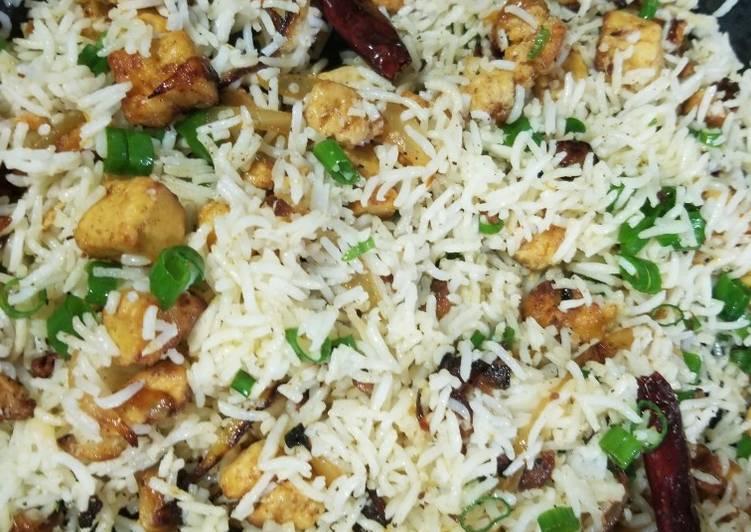 Vegan Quorn Chicken Fried Rice