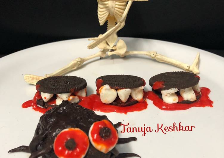 Oreo mouth Dentures and Spooky Spider