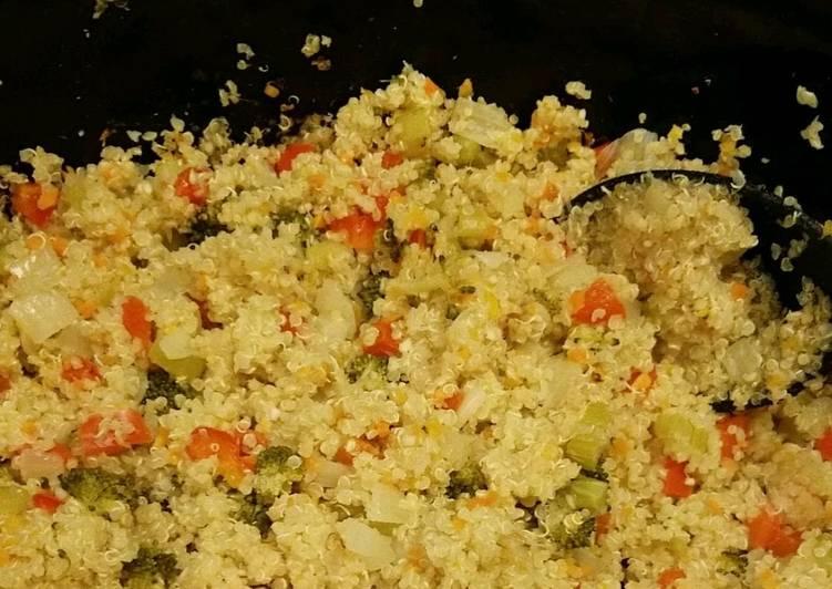 Crockpot quinoa and vegetables