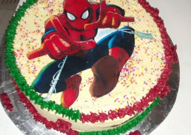 Plain sponge cake and decoration