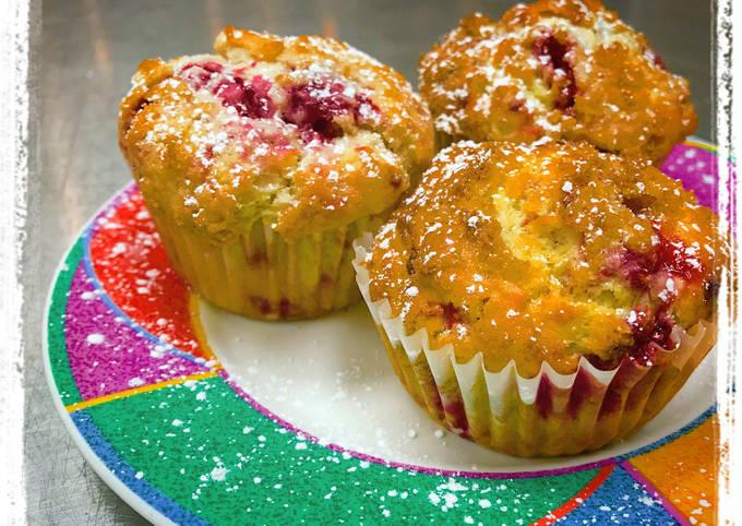 Sugar-Crusted Raspberry Muffins