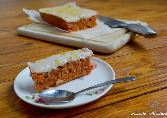 Raw Vegan Cake ~ A guest post from Louise Alexandra