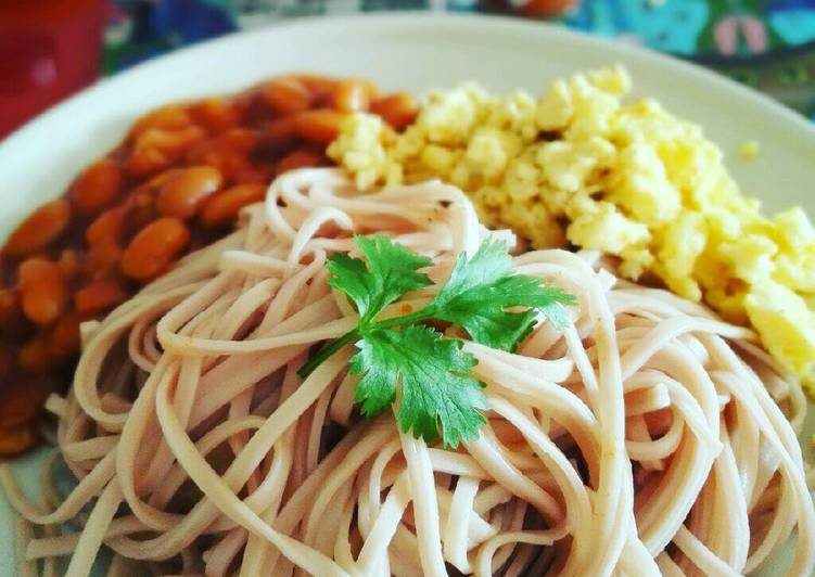 Mee with egg and beans -Simple breakfast