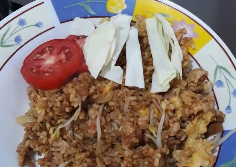 Nasi goreng kambing bango