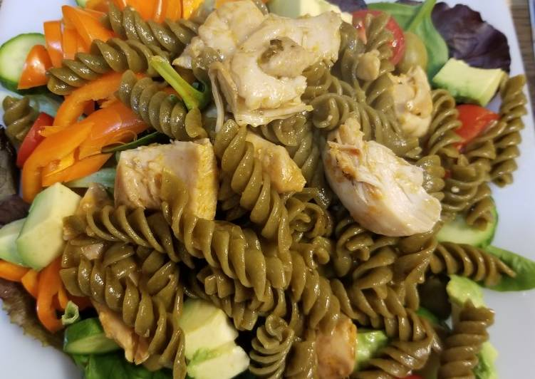 Spicy Chicken & Veggie Noodle Pasta Salad