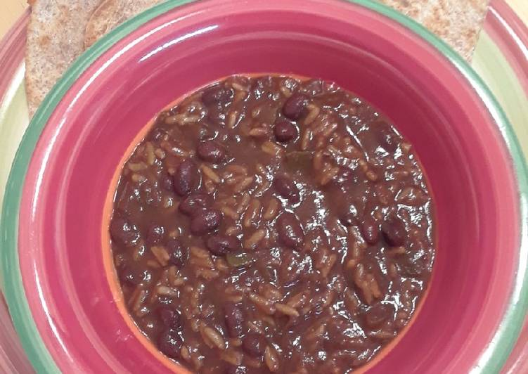 Black Bean and Rice Soup - Slow Cooker
