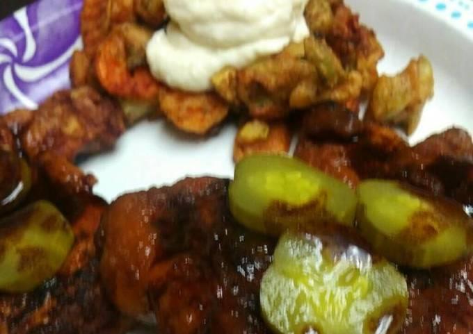 Hot Fried Chicken with Veggies