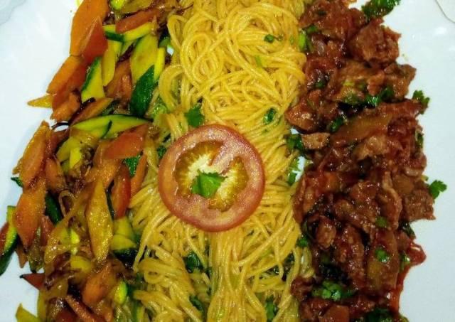 Spaghetti on tomato sauce,wet fry beef, sauteed vegetables..,