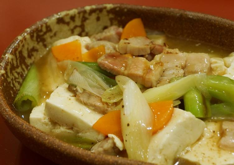 Bacon and Tofu stir-fry in Japanese Style gravy