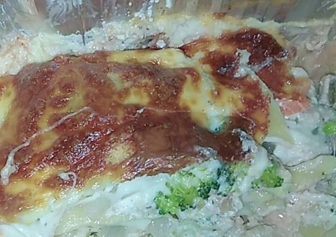 Cheesey broccoli lasagna side dish