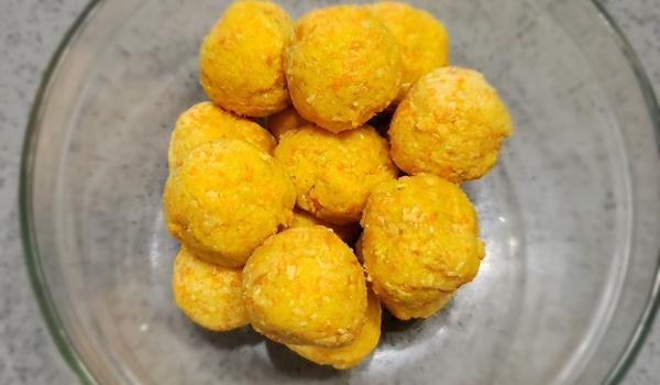 No bake carrot/almond balls