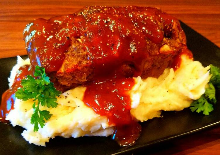 Mike's Mini Meatloaf & Mashed Spuds