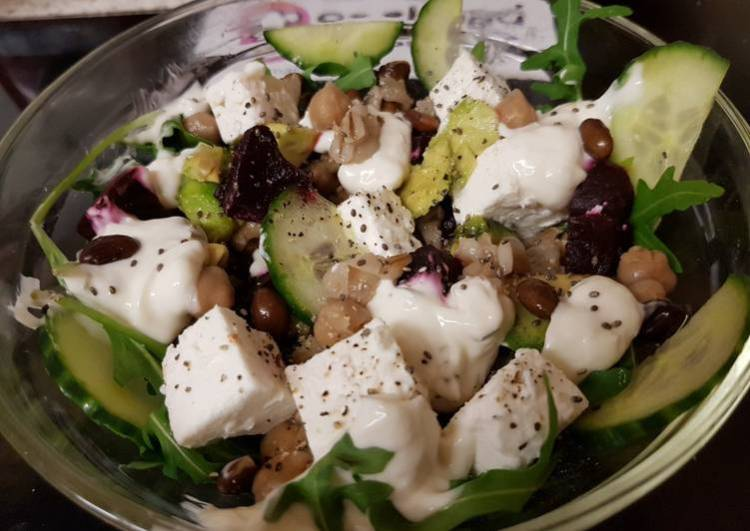 My Mixed Healthy Salad 🙄