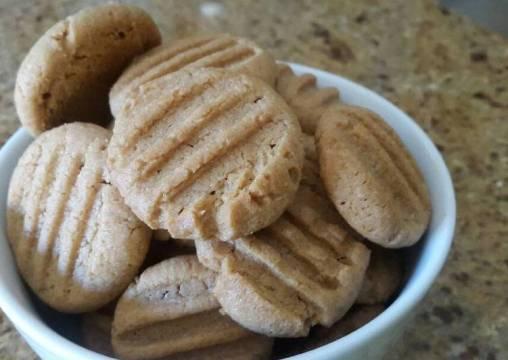 Easiest Way to Prepare Yummy Easiest Peanut Butter Cookies