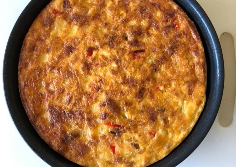 Oven-baked ham, onion, etc. frittata