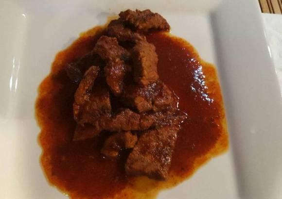 Carne de res con chile para birria