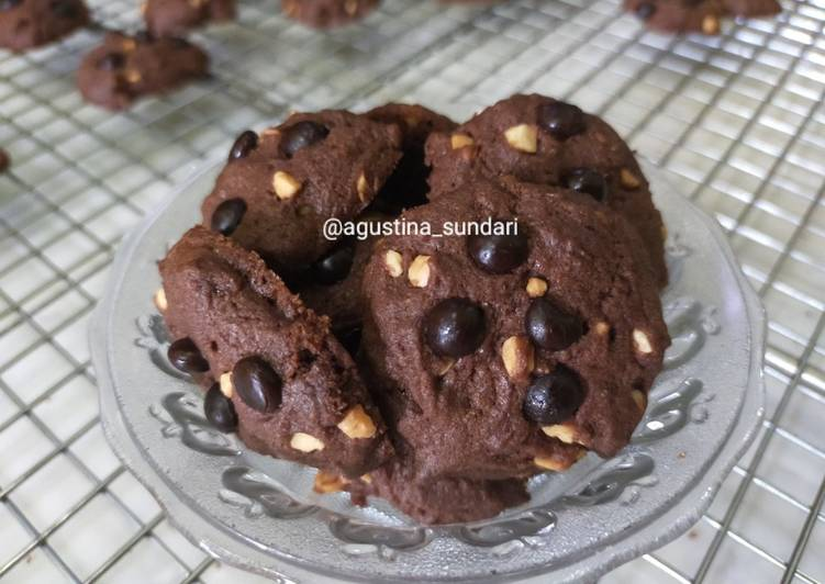 189. Cookies Coklat Kacang Choco chips