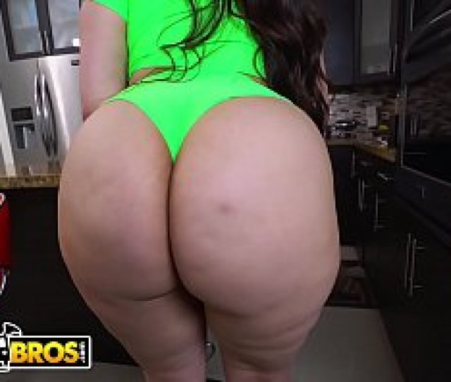 Bangbros Thicc Latina Alycia Starr Gets Her Phat Azz Fucked Hard On Ass Parade