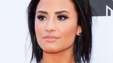 """Demi Lovato: """"Gli extraterrestri esistono e mi proteggono da me stessa"""""""