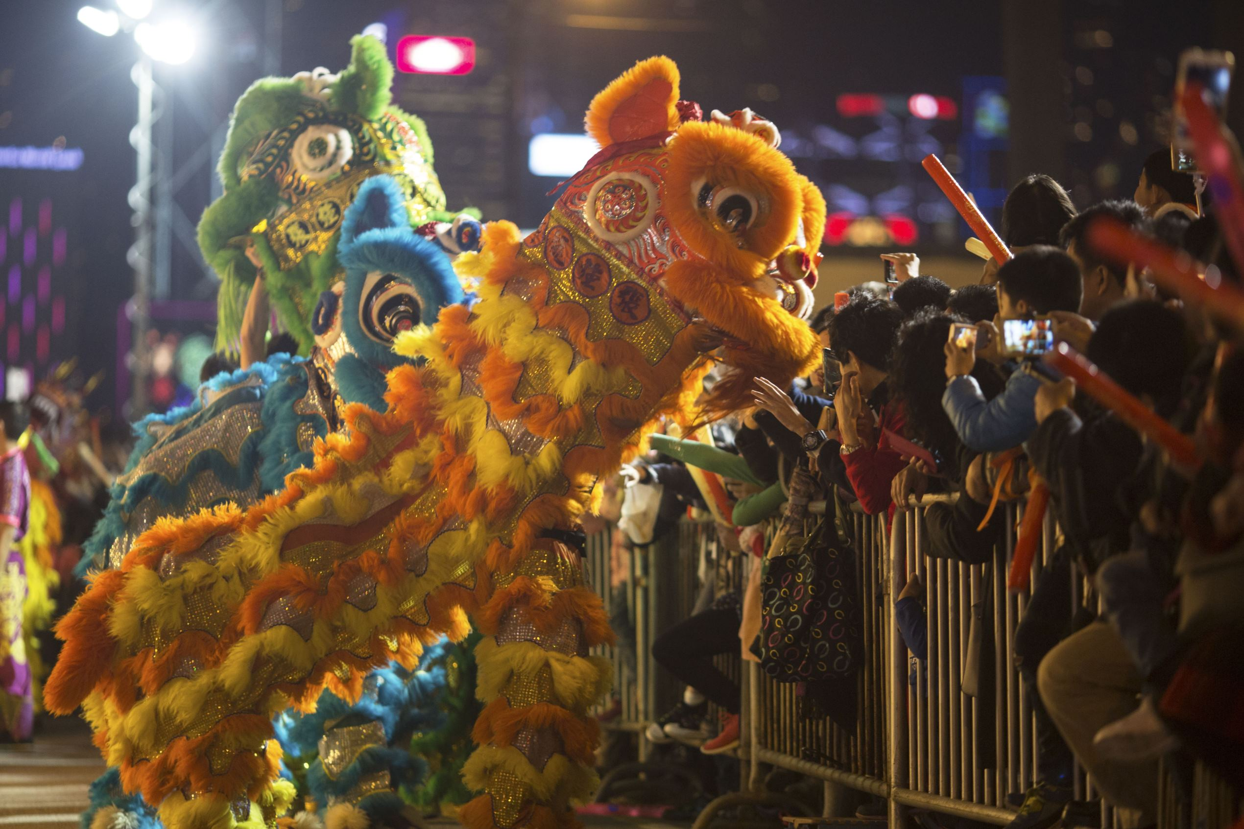 Lunar New Year in Hong Kong, China - 28 Jan 2017 Participants perform a lion dance during the International Chinese New Year Night Parade in Hong Kong, China, 28 January 2017. Chinese around the world celebrate the Lunar New Year on 28 January 2017.  FAVRE/EPA/Shutterstock/Rex Images