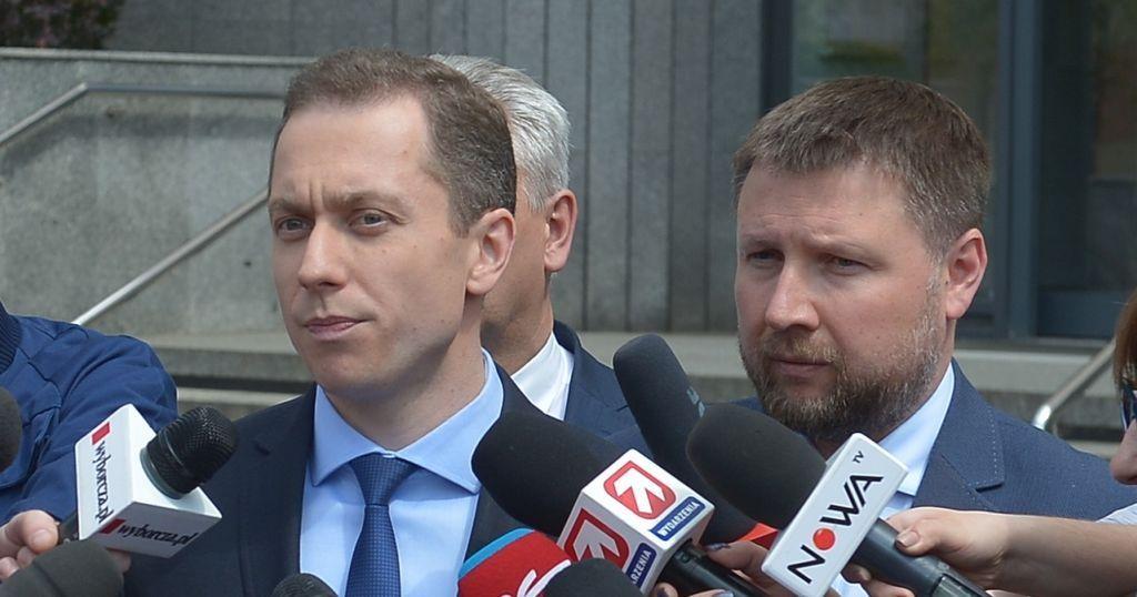 Posłowie Platformy Obywatelskiej Cezary Tomczyk i Marcin Kierwiński.