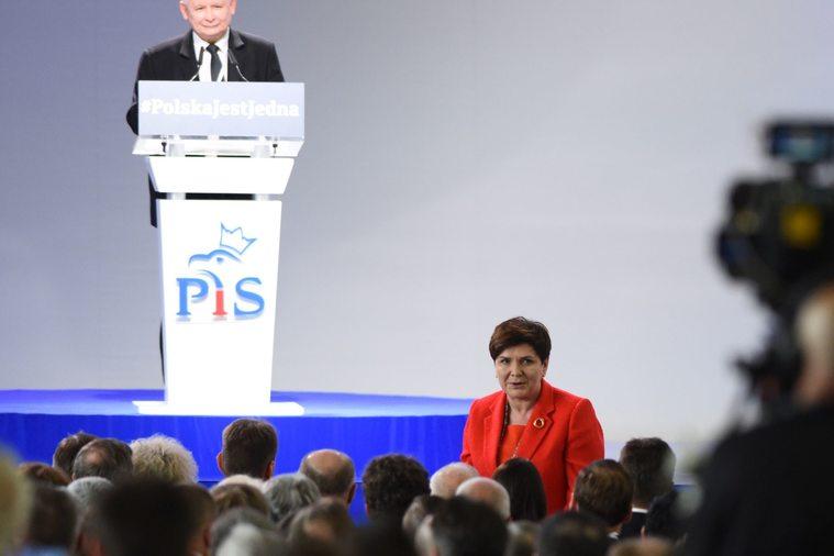Jarosław Kaczyński i Beata Szydło podczas Kongresu PiS
