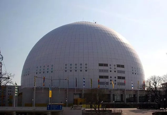 İsveç'te dünyanın en büyük güneş sistemi modeli bulunur. Bu model 1:20 milyon ölçeğindedir ve ülke boyunca 950 kilometre yer kaplar.