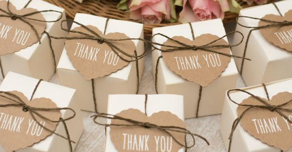 "7 Memorable ""Thank You"" Gifts Your Wedding Guests Will"