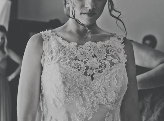 Casablanca Ivory Lace With Champagne Silk French Leavers