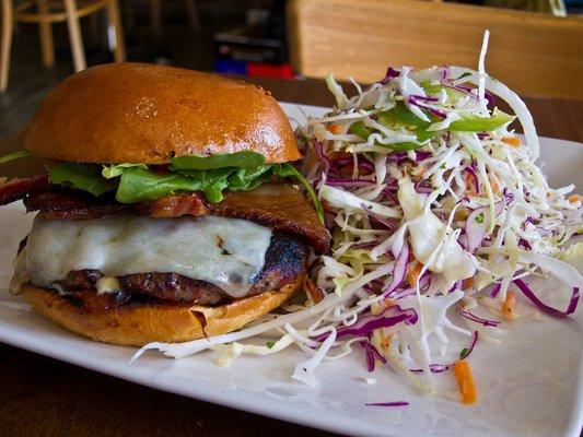 Burger (CBSLA)