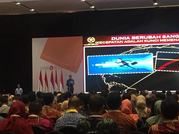 Presiden Jokowi saat menghadiri peringatan Hari Antikorupsi Sedunia di Hotel Bidakara, Jaksel, Selasa (4/12/2018). (Foto : Fakhrizal Fakhri/Okezone)