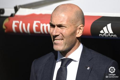 Zinedine Zidane siap bawa Madrid kembali bangkit musim depan