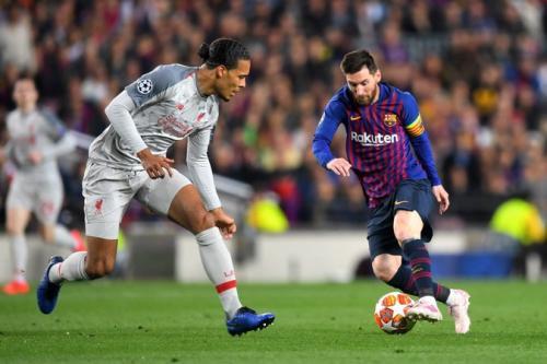 Virgil van Dijk vs Lionel Messi