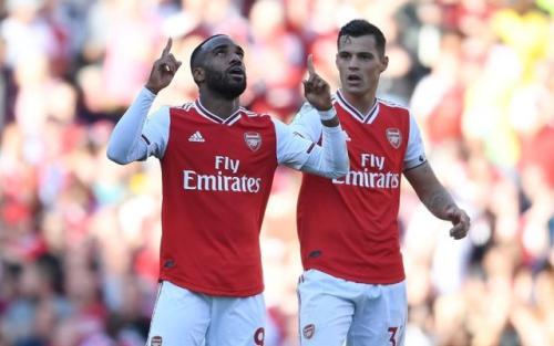 Selebrasi Alexandre Lacazette saat cetak gol untuk Arsenal