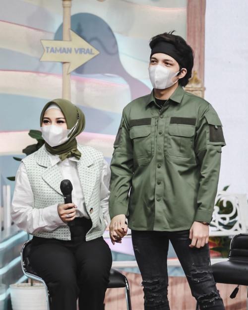Aurel Hermansyah dan Atta Halilintar. (Foto: Instagram/@attahalilintar)