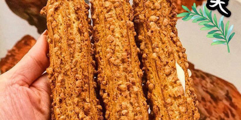 (台南美食/永康區)尚青黃昏市場~必買必吃美食!阿月傳統豆花,滿滿的加料豆花ㄧ杯才$15元/木紋泡芙,外皮口感好酥脆!