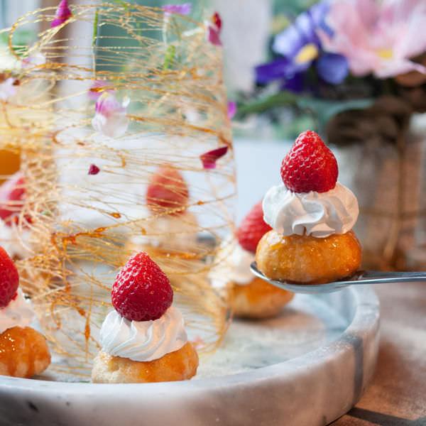 (台南美食/中西區)臉紅的相遇~浪漫約會的好地方!有珠寶盒早午餐、法式甜點!每個角落都是網美的拍照景點!