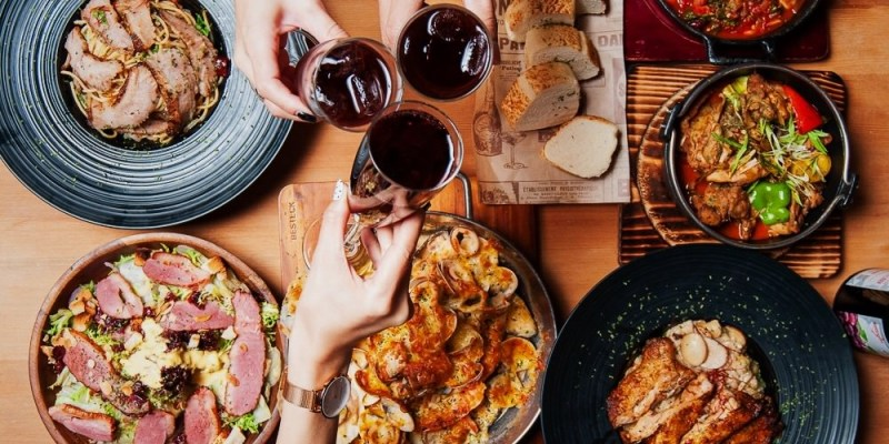 (台南美食/東區)經典台啤燉雞、麻油雞燉飯,餐點令人驚呼連連的台義手路餐酒館/沃野18/台南餐酒館推薦!