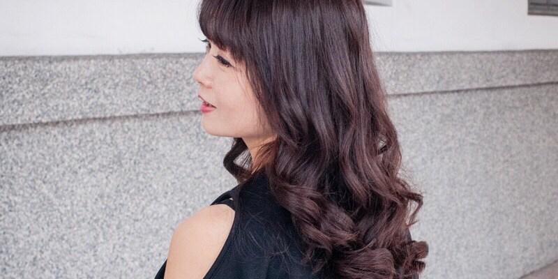 (台南美髮推薦)西西公主髮廊,不分長度染髮$1499元含洗加剪,使用巴黎萊雅美肌光澤染,呵護髮質,襯出亮麗好氣色!