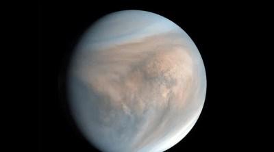 Un gaz qui pourrait être une trace indirecte de vie découvert sur Vénus